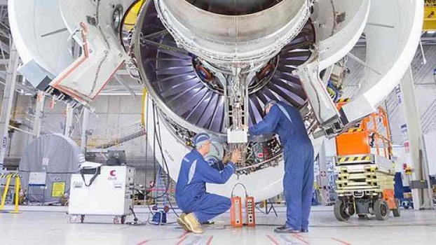 "Rolls-Royce begins testing of Trent 7000 • <a style=""font-size:0.8em;"" href=""http://www.flickr.com/photos/139546847@N02/25077079112/"" target=""_blank"">View on Flickr</a>"