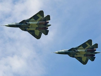 """the-t-50-is-said-to-have-an-excellent-weapons-firing-range-but-the-f-35-has-three-variations-tailored-to-specific-missions • <a style=""""font-size:0.8em;"""" href=""""http://www.flickr.com/photos/139546847@N02/24827642349/"""" target=""""_blank"""">View on Flickr</a>"""