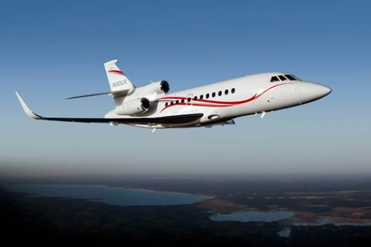 """Falcon 900LX updated by Dassault • <a style=""""font-size:0.8em;"""" href=""""http://www.flickr.com/photos/139546847@N02/30681077121/"""" target=""""_blank"""">View on Flickr</a>"""