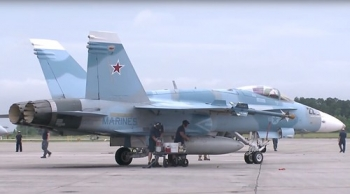 "Pics-of-US-jets-painted-in-Russian-colors-spark-Syria-false-flag-conspiracy • <a style=""font-size:0.8em;"" href=""http://www.flickr.com/photos/139546847@N02/30283211226/"" target=""_blank"">View on Flickr</a>"