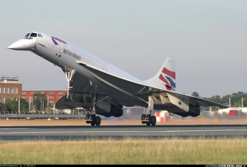"""Concorde 102 • <a style=""""font-size:0.8em;"""" href=""""http://www.flickr.com/photos/139546847@N02/30021463940/"""" target=""""_blank"""">View on Flickr</a>"""
