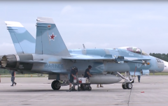 Pics-of-US-jets-painted-in-Russian-colors-spark-Syria-false-flag-conspiracy