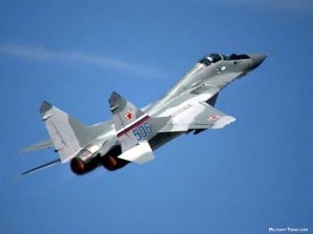 """mikoyan_mig_29_fulcrum_l2 • <a style=""""font-size:0.8em;"""" href=""""http://www.flickr.com/photos/139546847@N02/30137508014/"""" target=""""_blank"""">View on Flickr</a>"""
